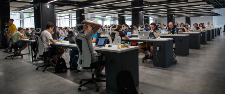 The Myriad Ways Remote Work Has Influenced Tech Salaries During The Pandemic